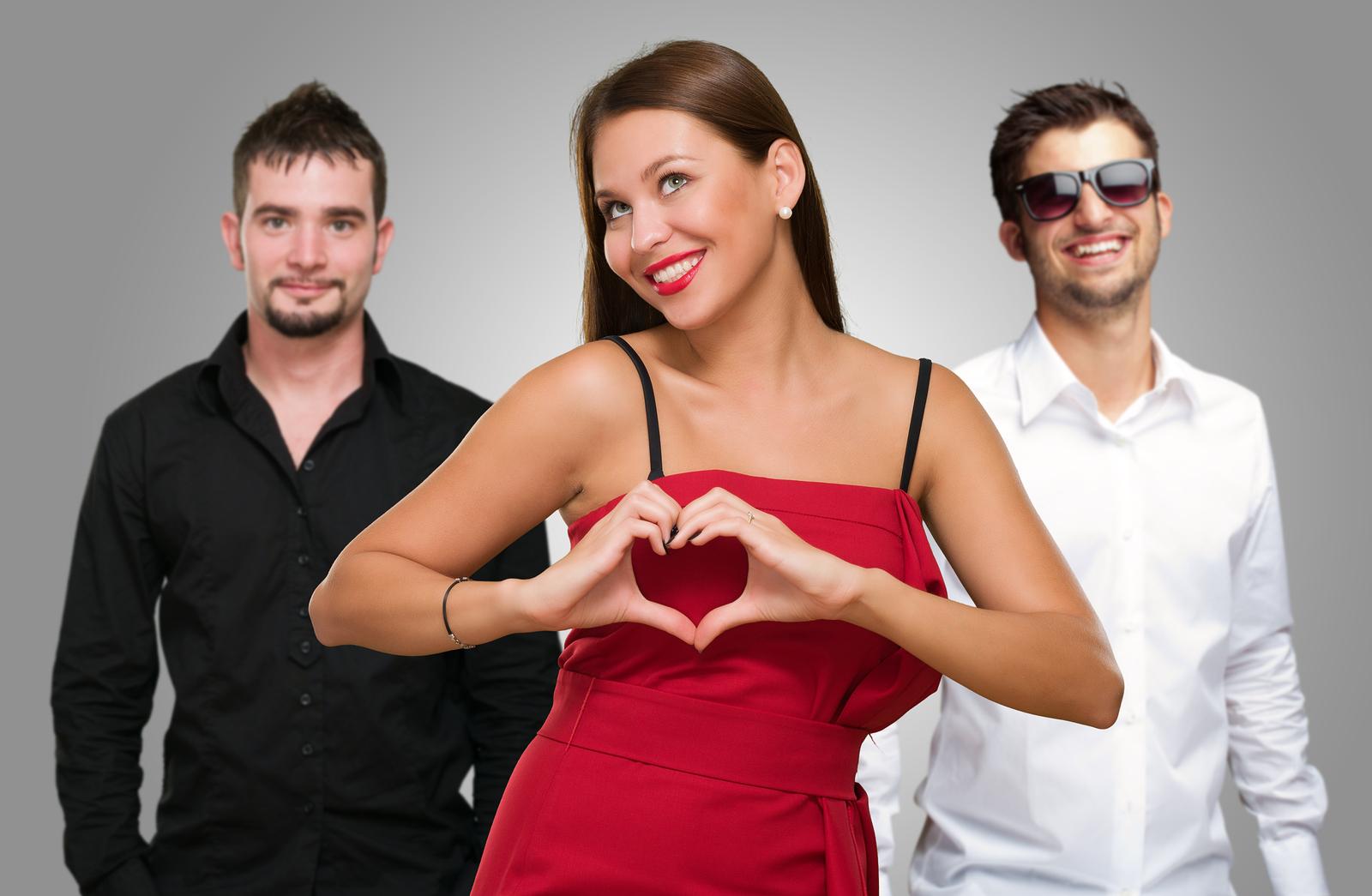 Два парня и девушки фото 4
